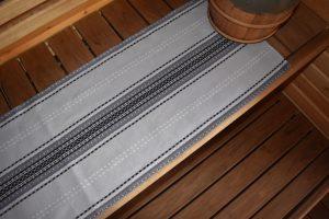 Kaihlalahti Clothing Uusi Suomussalmi pitkä liina sauna-alusta laudeliina pieni kuvio